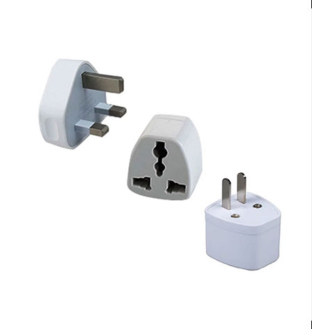 Universal three-hole switch socket